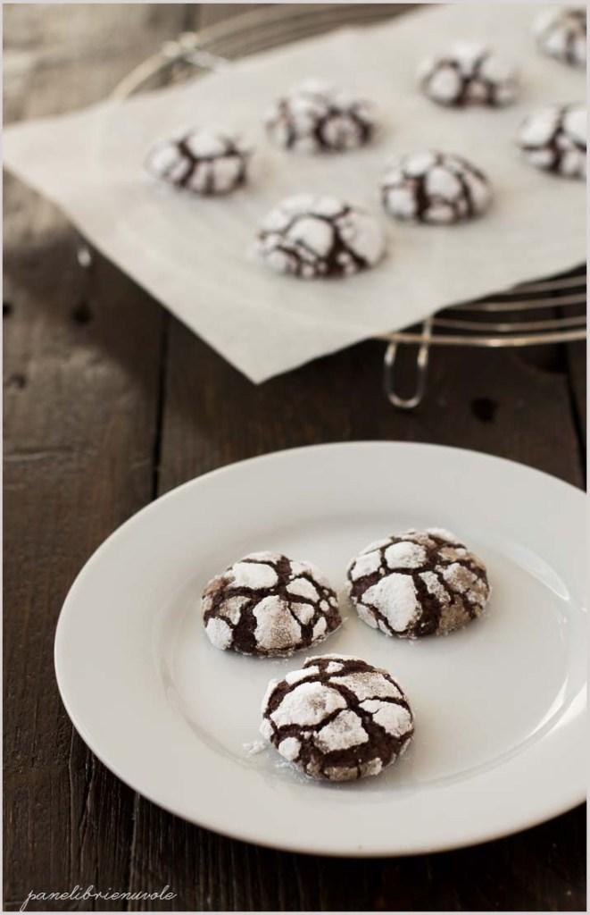 chocolate crinkle cookies-6